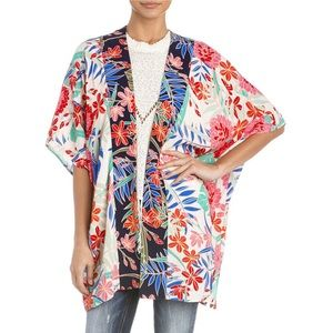 Miss Me Tropical Floral Print Kimono • Medium